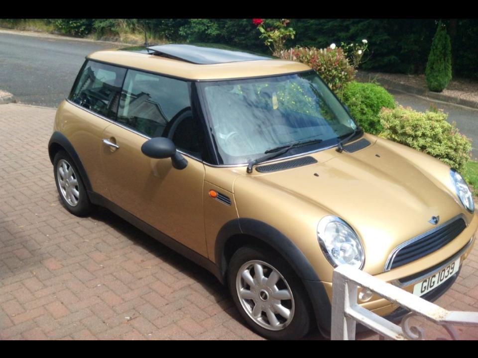 2004 Gold Mini One